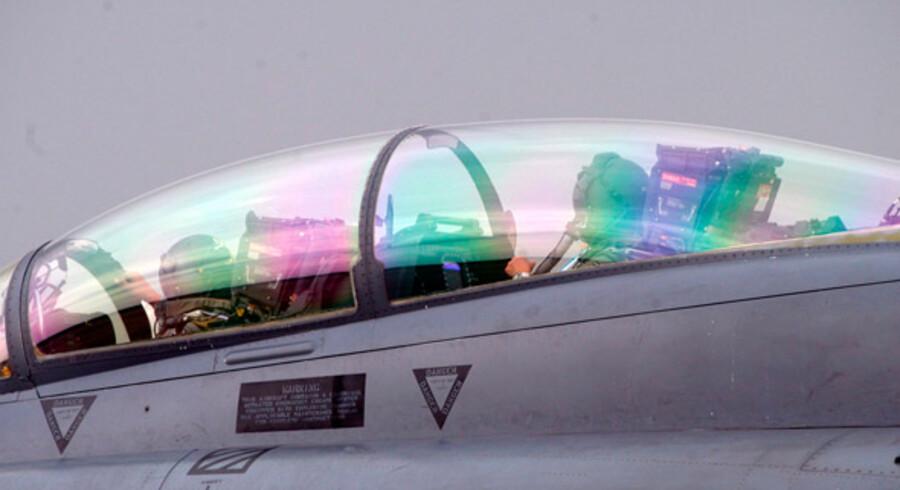 """Flyet, Pilatus PC-7 Mk II (ikke på billedet), har en nødfunktion, der tillader passageren at """"skyde"""" sig ud af flyet."""