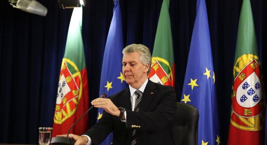 Den portugisiske politiker, Luis Marques Guedes mener, at landets egen forfatningsdomstol »sætter Portugals troværdighed på spil«.