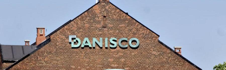 Danisco har i høj grad brug for salget af sukkerdivisionen for at skærpe virksomhedens profil, og falder den 5,6 milliarder kroner store aftale til jorden vil det være et nederlag af dimensioner for topchef Tom Knutzen.