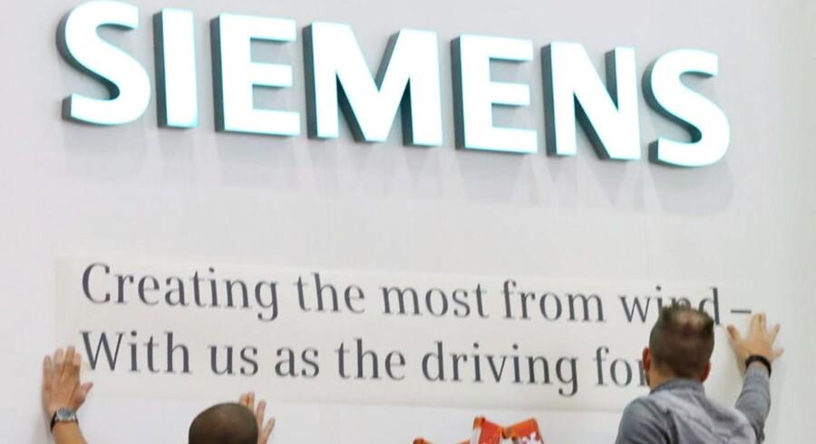 Tyske Siemens, der er blandt Vestas' konkurrenter, er trukket i arbejdstøjet for at sikre en forlængelse af vitale støtteordninger til vindmølleindustrien.