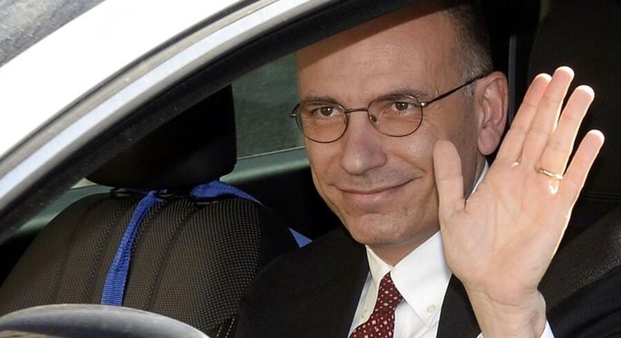 Italiens premierminister Enrico Letta har fredag indgivet sin afskedsbegæring.