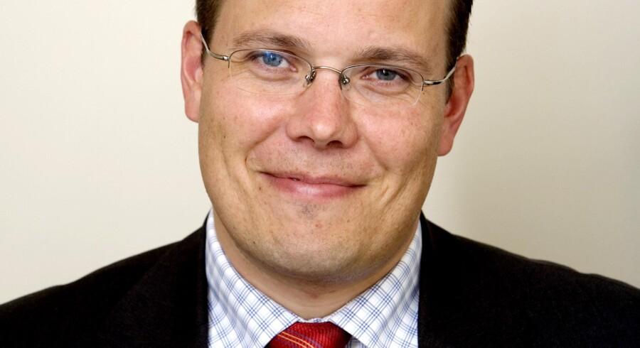 Søren Dal Thomsen karakteriseres som den frække dreng i klassen i forhold til sin forgænger i AP Pensions direktørstol.