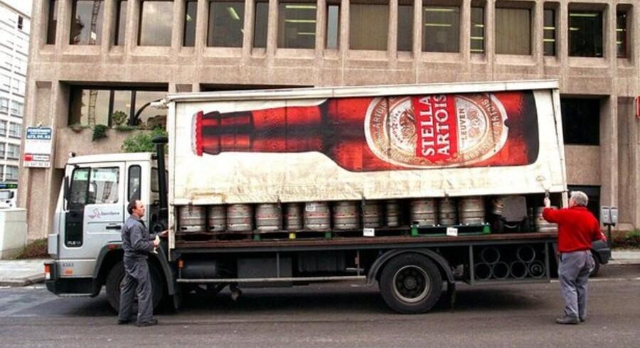 Anheuser-Busch Inbev, der blandt andet står bag ølmærker som Budweiser og Stella Artois, sælger ud af sin kinesiske portefølje.