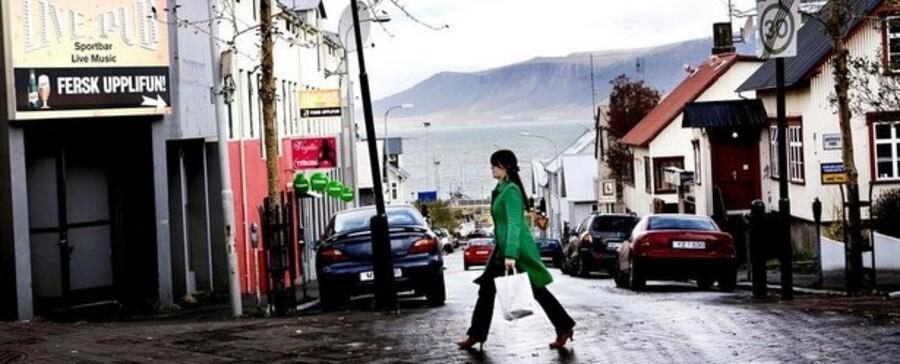 Krisen på Island kan også mærkes i dansk erhvervsliv. Man regner med at eksporten vil falde 17 procent.