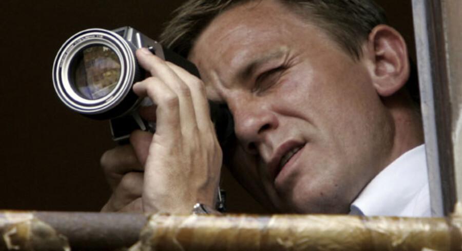 Ved hjælp af en ren James Bond- aktion blev skibet CEC Future og dets 13-mand store beslætning befriet. På billedet ses filmens James Bond, der for tiden spilles af den engelske skuespiller Daniel Craig.