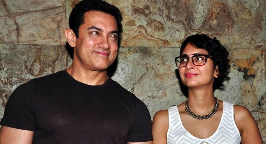 Skuespilleren Aamir Khan er muslim, mens han kone, Kiran Rao, er hindu. I sidste uge fortalte Aamir Khan om sit syn på tolerance i Indien, og nu er den diskussion blevet nationens samtaleemne nummer ét.