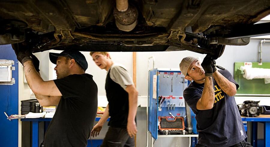 Lærerne på produktionsskoler, VUC'er og erhvervsskoler varsles lockout. Her er det en mekanikerelever på TEC (Teknisk Erhvervsskole Center) i Hvidovre.