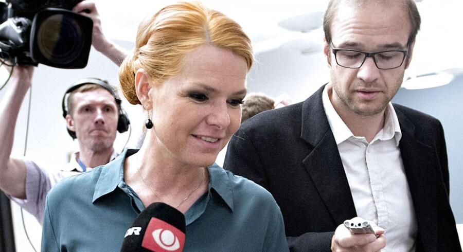Inger Støjberg på vej til gruppemøde i Venstre tirsdag formiddag den 3. juni 2014.