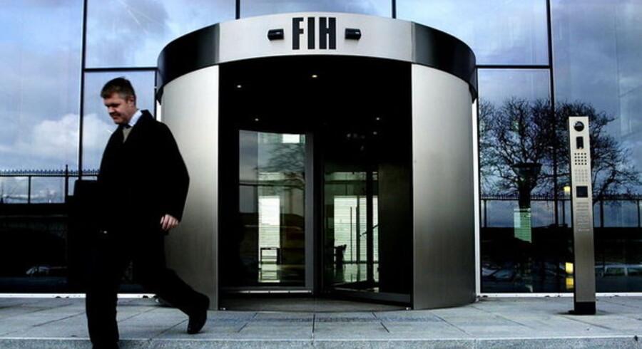 Fuldstændigt som ventet har FIH Erhvervsbank besluttet helt at lukke for sin ambitiøse satsning på opbygningen af en professionel afdeling for aktiehandel.