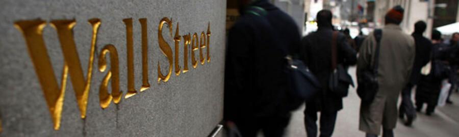 Topchefer med relation til New York-børsgaden Wall Street er velrepræsenteret i årets kåring af den mest overbetalte chef.