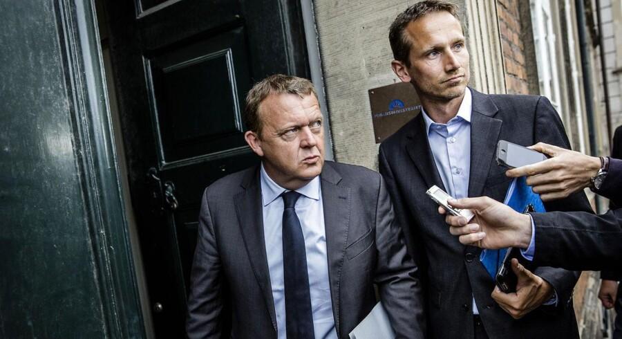 Venstres formandskab ankommer til forhandlinger om den vækstpakke, som Lars Løkke Rasmussen og Kristian Jensen blev enige med regeringen om tirsdag aften.