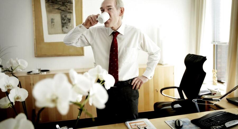 FLSmidths topchef Jørgen Huno Rasmussen går af til næste år, og hans formand roser ham for ti års indsats for firmaet.