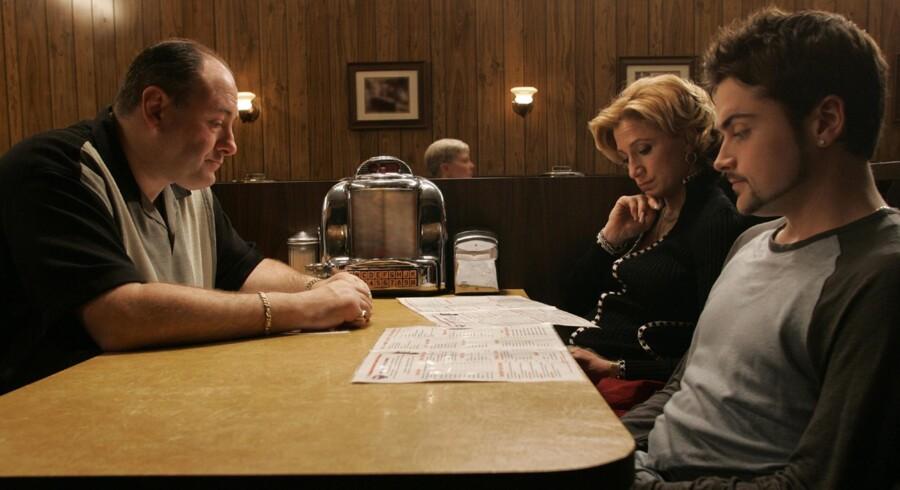 Mafia-familien Sopranos venter på et måltid i den afsluttende episode af den populære TV-serie.