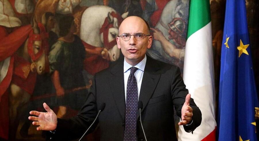 Enrico Letta under en pressekonference 12. februar.