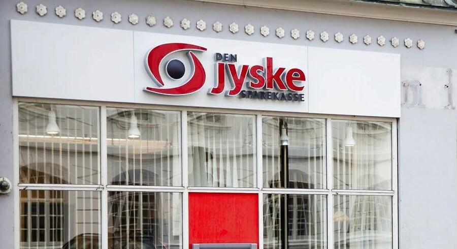 Den Jyske Sparekasse, der har været overordentlig ekspansiv i de senere år, er nemlig i dén grad under Finanstilsynets lup i disse dage, bekræfter Claus E. Petersen over for Berlingske Business.