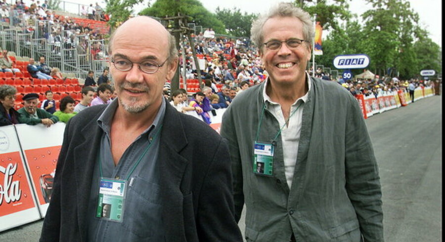 Jørn Mader (tv) og Jørgen Leth var i mange år fast kommentatorpar ved Tour de France på TV 2. Nu vender Jørgen Leth tilbage. Arkivfoto fra 1999.