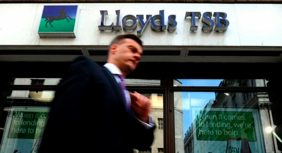 Lloyds Banking Group - der ikke må forveksles med forsikringsmarkedet Lloyds, fik i første halvår lånetab der var større end hele egenkapitalen i Danske Bank.