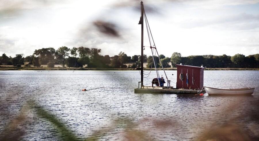 En båd i Præstø Fjord, hvor to lærere og tretten elever fra Lundby Efterskole kæntrede i en dragebåd i februar 2011