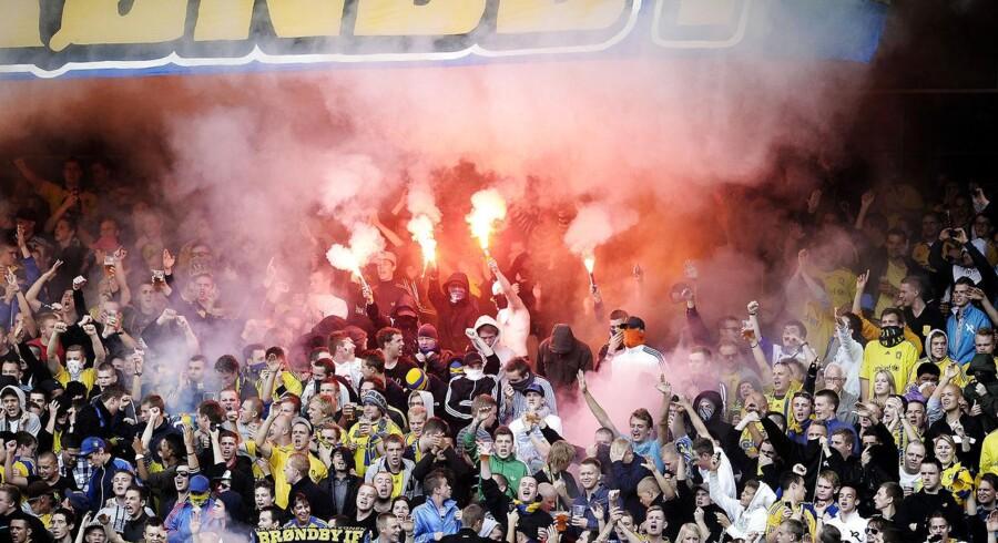 Brøndby IF arbejder fortsat på den kriseplan, der skal skaffe friske penge til klubben. Blandt andet ventes det, at op imod 10,5 mio. kroner vil komme fra salg af såkaldte fan-aktier gennem den såkaldte Brøndby Supporters Trust.