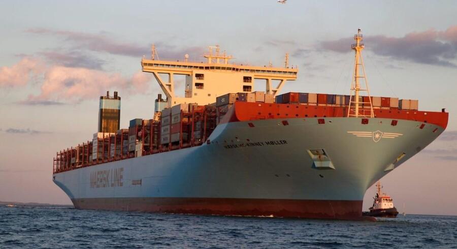 Det er anden gang, at det enorme containerskib »Mærsk Mc-Kinney Møller« sejler i dansk farvand. Det vil ligge i Aarhus havn indtil mandag aften.