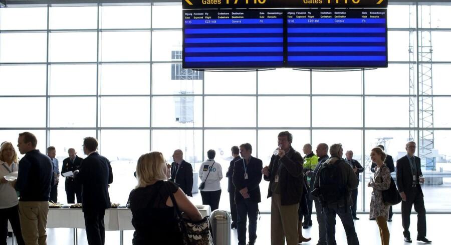 Ifølge Københavns Lufthavnes målsætning skal der strømme 30 mio. passagerer gennem terminalerne i Kastrup årligt inden 2020.