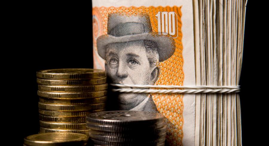 Der er mange penge at spare på at omlægge fra fast rente til flekslån for tiden - men familiens økonomi udsættes også for en større risiko.