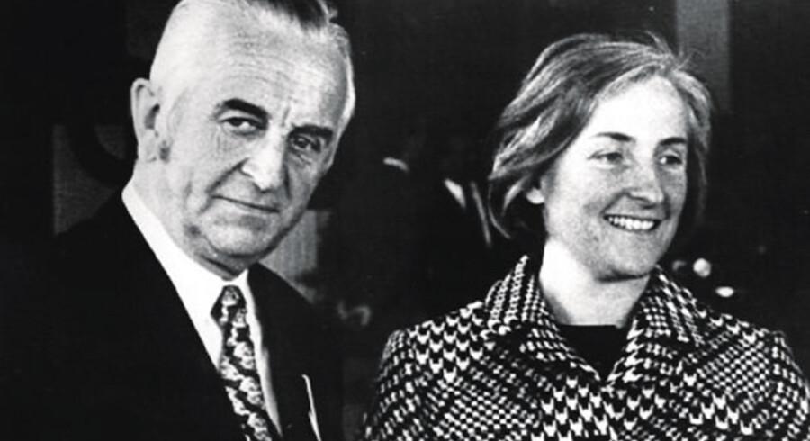 Quandt-familiens daværende overhoved, Herbert Quandt, giftede sig i 1960 med sin sekretær Johanne Bruhn. Sammen fik de to børn, Stefan og Susanne, som sammen med moderen nu kontrollerer bilfabrikken BMW.