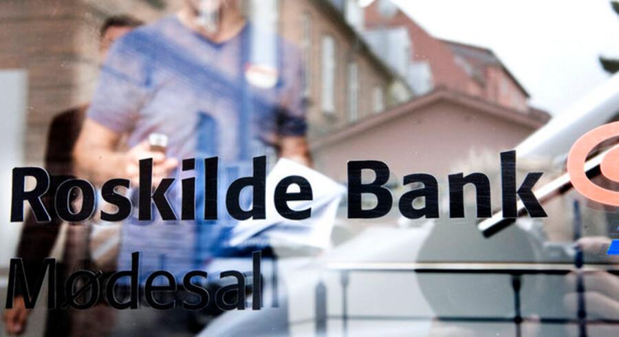 Renterne stiger dramatisk for de kunder i Roskilde Bank, der endnu ikke har været i stand til at flytte til et andet pengeinstitut.
