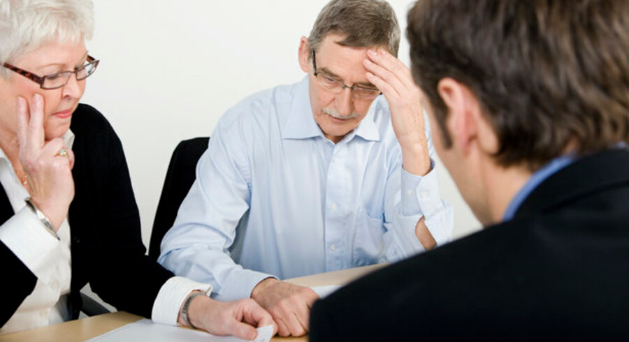 Det er ikke længere nok at spørge i banken: Mange danskere er begyndt at søge uvildig rådgivning.