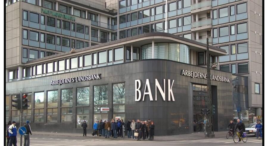 Arbejdernes Landsbank har sammenlagt sendt 213 millioner kroner videre til sit røde bagland. Foto: Torben Christensen