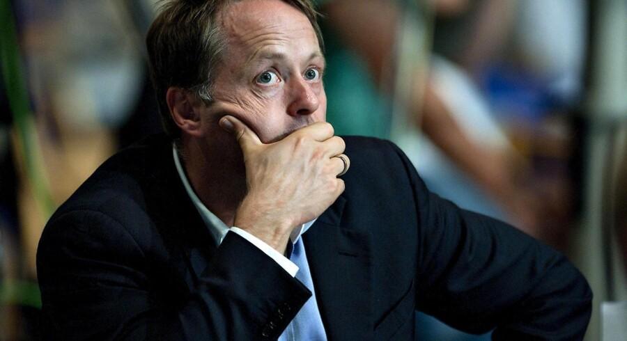 Fusionen mellem Privathospitalet Hamlet og Aleris Privathospitaler har kostet den tidligere konservative sundhedsminister Jakob Axel Nielsen direktørjobbet i Aleris-koncernens danske afdeling.