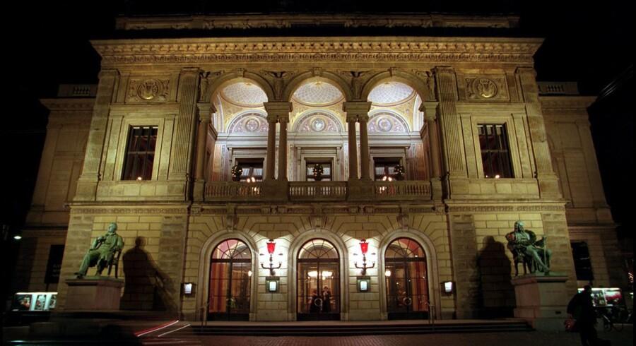 Medarbejderne ved Det Kongelige Teater besidder foruden deres kunstneriske talent store kompetencer i økonomistyring,skriver Helle Hedegaard Hein, der i knap fire år som forsker har fulgt arbejdet på teatret. Arkivfoto.