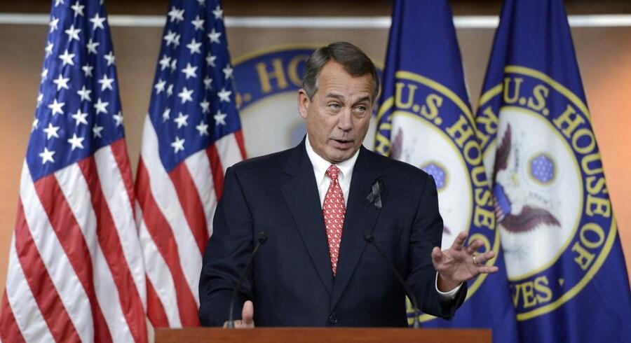 Republikanernes flertalsleder i Repræsentanternes Hus, John Boehner, opfordrede her ved en pressekonference sine partifæller til at stemme ja til budgetplanen.