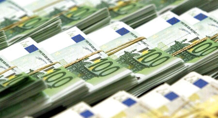 »Frygt for høj inflation bør ikke afholde de pengepolitiske myndigheder fra at føre en stærkt lempelig pengepolitik,« fastslår IMF ligeud.