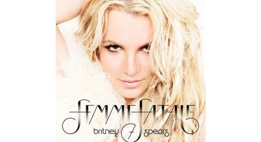 "Cover til ""Femme Fatale""."