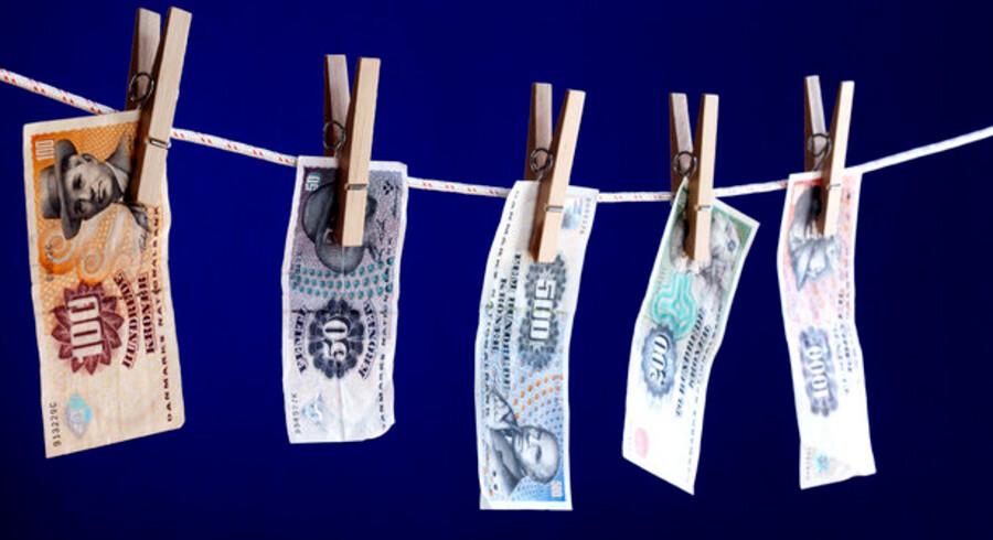 Over det seneste års tid er danskernes samlede nettoformue reduceret med cirka 620 milliarder kroner.