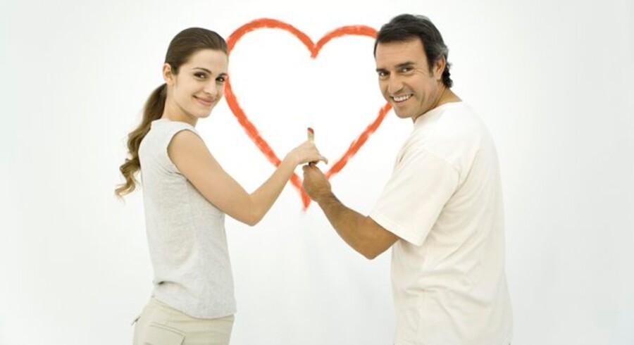 Kærlighed er dejligt - men voldsomt upraktisk på arbejdspladsen. Foto: Colourbox