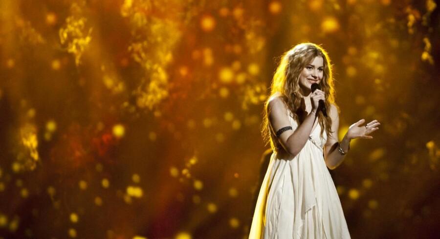 I aften bliver det afgjort, om Det Europæiske Melodi Grand Prix næste skal foregå på dansk jord. Det kan blive en dyr sejr.