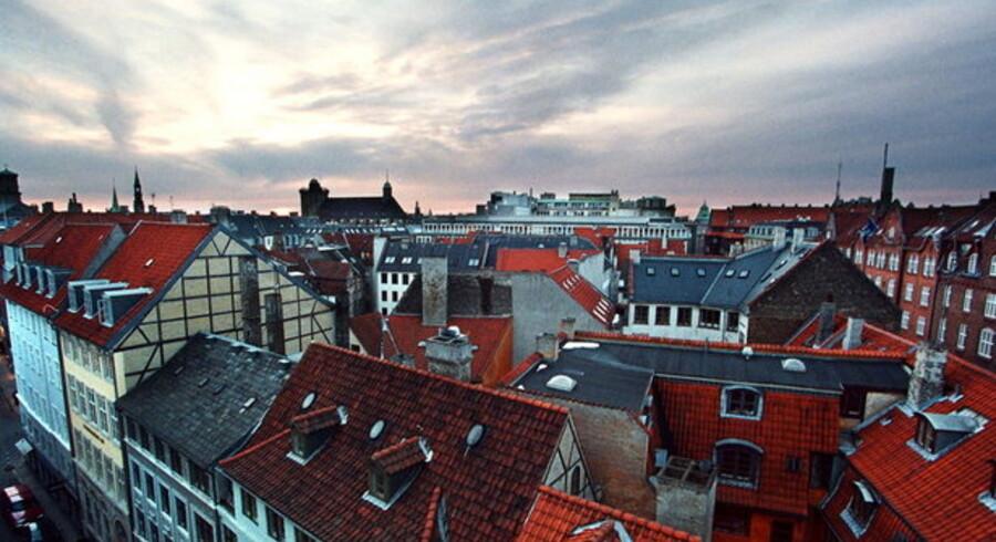 Prisfaldet på boligmarkedet i Danmark har epicenter i København og spreder sig som ringe i vandet ud i provinsen.