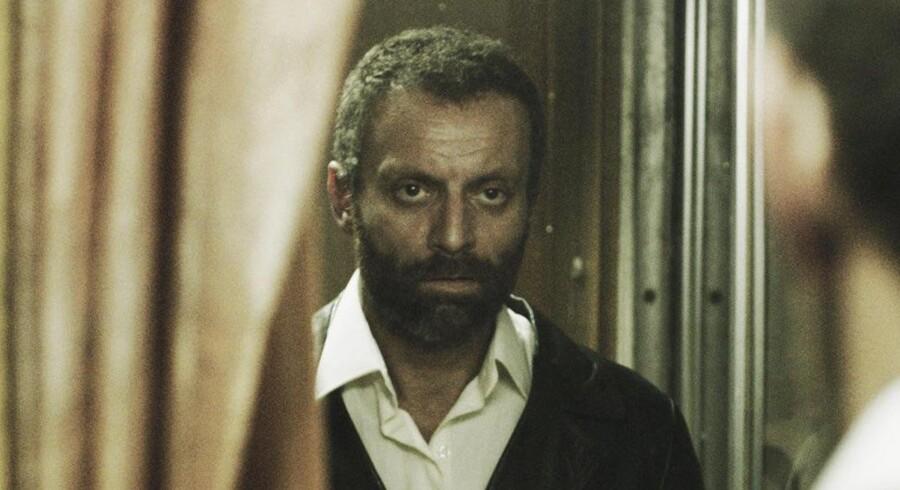 Omar Shargawi spiller selv den danskfødte Yusif i »Al Medina«, som han også har instrueret.