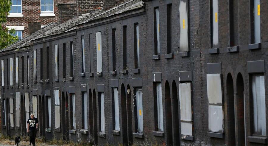 Et klassisk engelsk boligkvarter i Liverpool. Den engelske regering bliver i øjeblikket kritiseret for at give for mange boliglån.