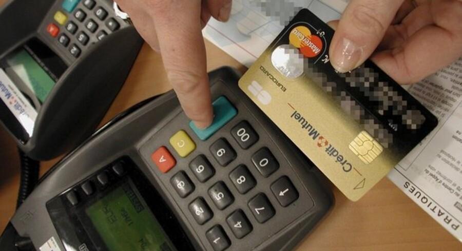 Visse typer af kreditkort med chip kan være i fare, efter det er lykkedes forskere at omgå chippen.