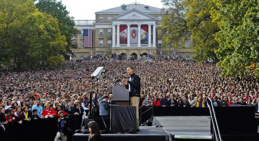 Når præsident Barack Obama taler til folket om sine knap fire år på posten, vil i gennemsnit knap hver tiende tilhører være uden job.