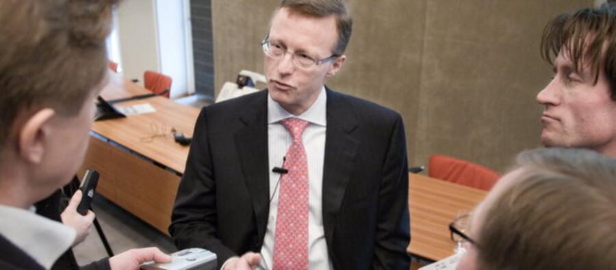 Nils Smedegaard Andersen, her i samtale med em flok erhvervs-journalister.