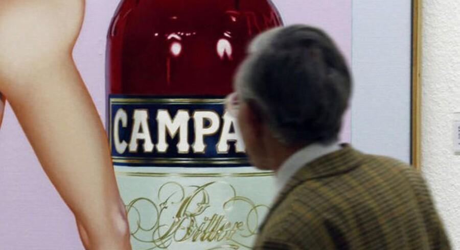 Chr. Hansen producerer det røde farvestof karmin, der bruges i aperitiffen Campari.