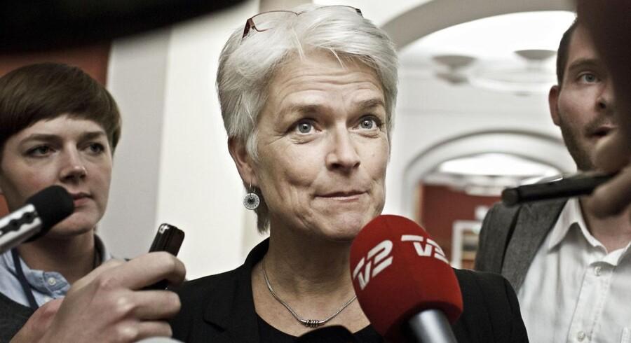 SF får ny næstformand efter Mattias Tesfaye har trukket sig fra posten på grund af uenighed med partileder Annette Vilhelmsens linje i partiet.