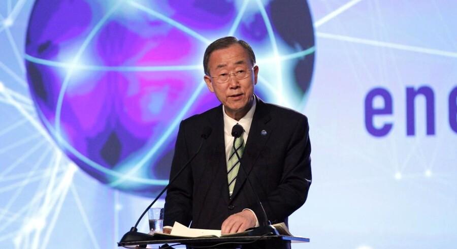 Blandt deltagerne i den ambitiøse Global Green Growth Forum konference er foruden topchefer for de største virksomheder i Kina og Sydkorea og førende klimaforskere, FNs genralsekretær BAn Ki-moon. Her ses han ved et arrangement i Norge i går omhandlende distribution af energi til fattige lande.