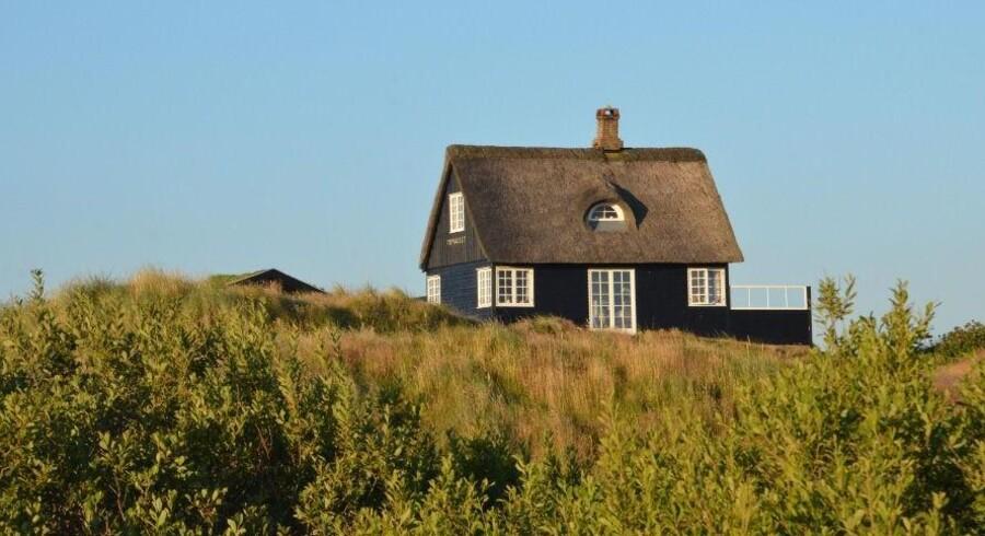 Små sommerhuse kan være charmerende, men mange turister efterspørger store huse. Arkivfoto
