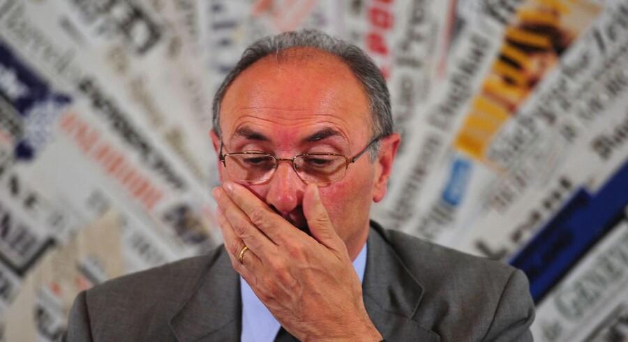 Unicredits koncernchef Federico Ghizzoni mødte forleden pressen med en stram grimasse.