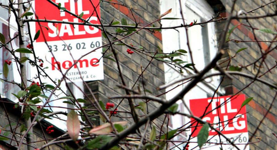 Det fastlåste boligmarked gik endnu mere i hårdknude mod slutningen af 2008, end eksperterne havde forudset.